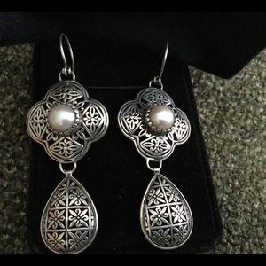 Jewelry - 925 Silver Earrings with pearls - pierced